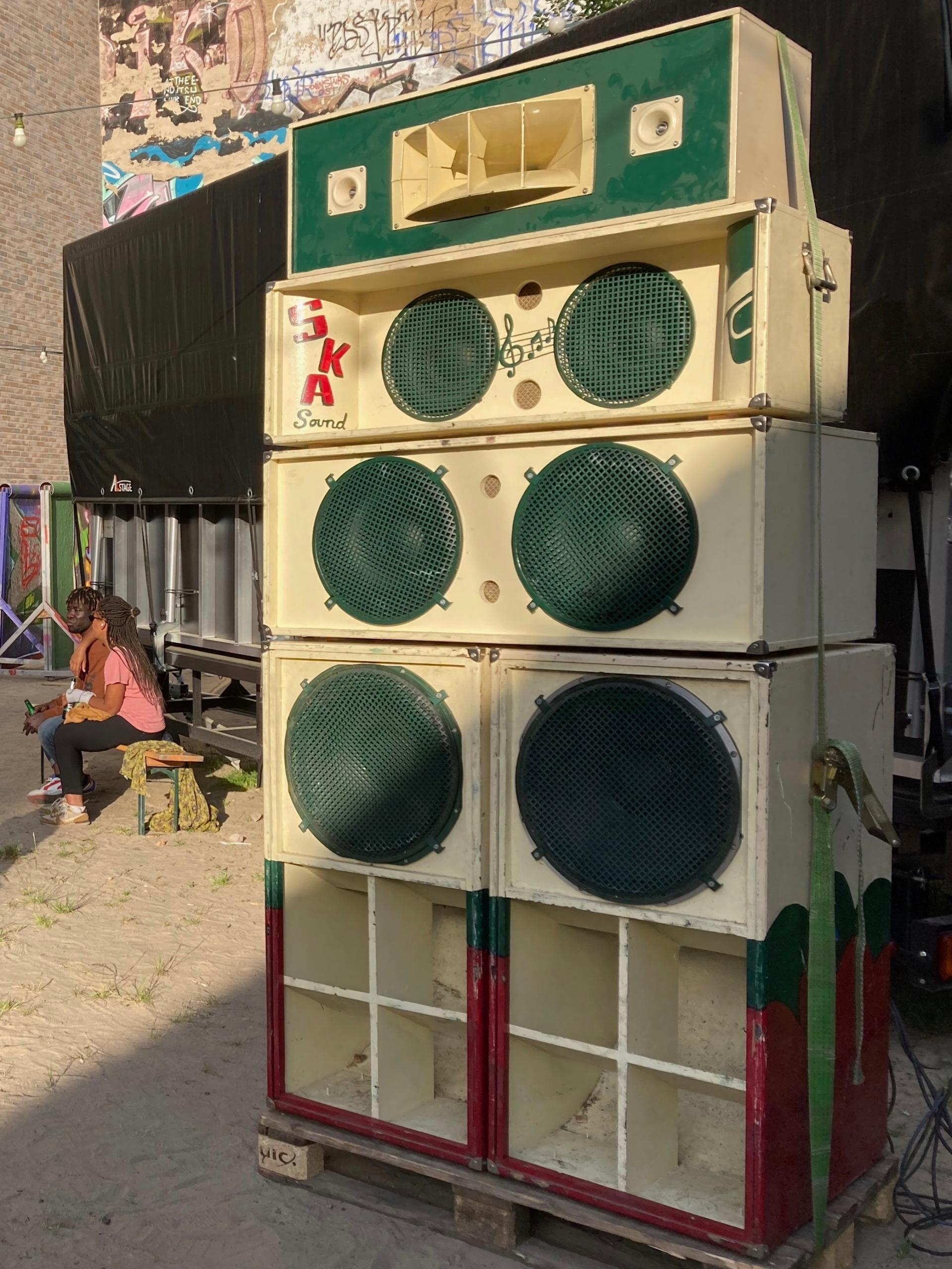Maratone Soundsystem, small stack at YAAM